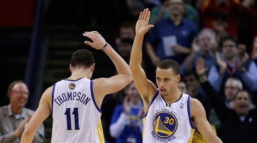 NBA/浪花兄弟轟64分!勇士止敗NBA,金州勇士,Stephen Curry,Klay Thompson翻攝自推特