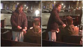 影/給提款卡「你自己去領」 街友這麼做…感動19萬網友 圖/翻攝自Jack Fada臉書