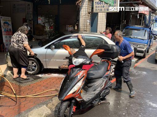 洗車,老師傅,遲緩兒,新北,記者陳啓明攝