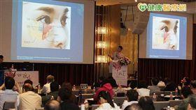美醫會每年舉辦大型學術研討會邀請知名美容醫學專家分享經驗與舉辦課程訓練