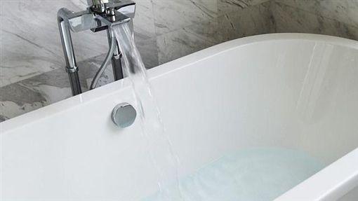 浴缸、泡澡/pixabay