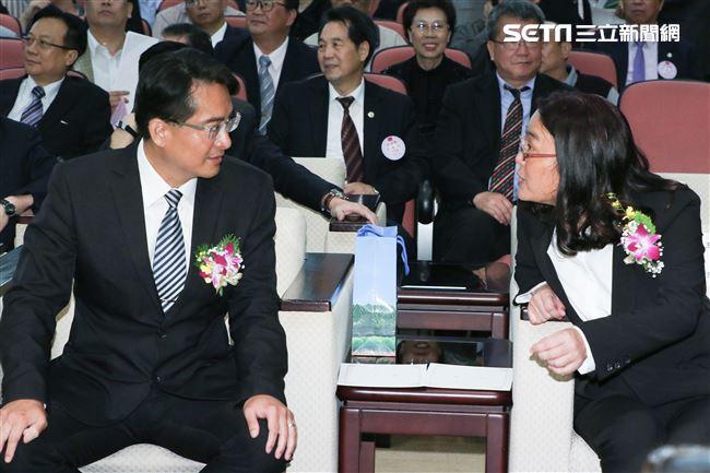 立委補選宣誓就職典禮,柯呈枋委員與陳玉珍委員
