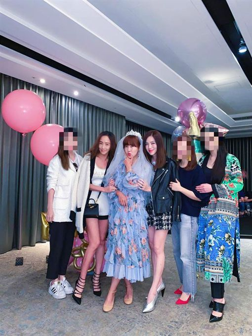 廖曉喬婚禮現場照片曝光。(圖/林牧潔臉書)
