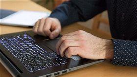 上班,電腦,筆電,辦公室(示意圖/翻攝自PIXABAY
