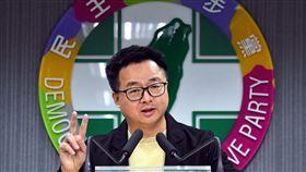 民進黨總統提名五人協調小組開會民進黨總統提名五人協調小組23日第一次開會,秘書長羅文嘉在會後轉述開會內容。中央社記者王飛華攝108年3月23日