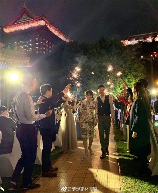 林志穎親弟結婚!一家顏值爆表 千萬超跑迎親…場面超壯觀微博