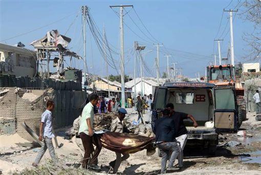 西非國家馬利莫普提地區(Mopti)富拉尼(Fulani)村落遭屠殺滅村(圖/翻攝自推特)