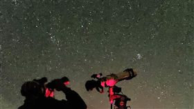 潘孟安推薦墾丁觀星20多年來墾丁春假首度沒有「春天吶喊」活動,屏東縣長潘孟安表示,有顆小行星命名為Pingtung,邀請民眾到墾丁觀星。(施世治提供)中央社記者郭芷瑄傳真  108年3月12日