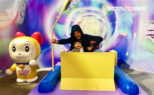 鍾承翰和老婆帶著兒子「翰寶」前往日本遊玩圖/凱渥提供