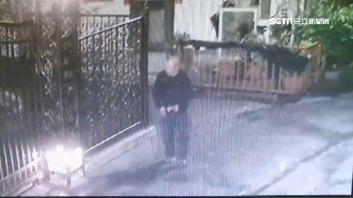 男爬欄杆偷監視器 全臉意外入鏡遭逮