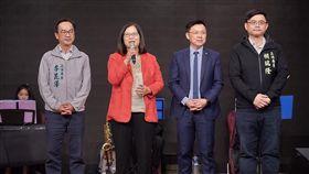 管碧玲,賴瑞隆,李昆澤,趙天麟,立委,高雄 圖/管碧玲臉書