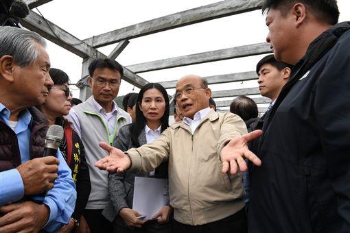 行政院長蘇貞昌26日下午視察鮑魚產銷情形。(圖/行政院提供)