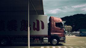 16:9 貨車 大貨車 圖/翻攝自pixabay https://pixabay.com/zh/photos/%E5%8D%A1%E8%BD%A6-%E8%B4%A7%E8%BD%A6-%E4%BA%A4%E9%80%9A-%E7%89%A9%E6%B5%81-1030846/