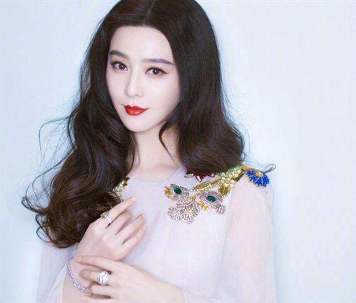 范冰冰,李晨/微博