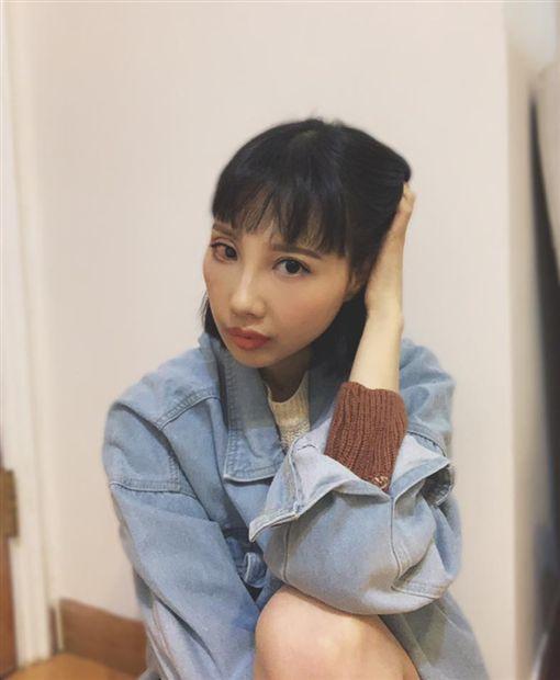 抗癌7年腫瘤擴散肝腎,29歲女星顏面失調不自覺流口水(圖/翻攝自李明蔚臉書)