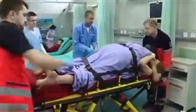 波蘭一對夫妻嘿咻 老公痛到「無法自拔」送醫 圖/翻攝自《EL DICTAMEN》