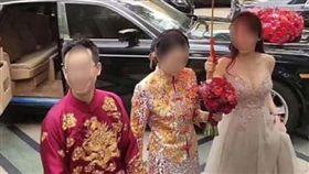 結婚,新娘,伴娘,胸部(圖/翻攝自爆廢公社)