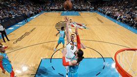 ▲威斯布魯克(Russell Westbrook)27分9籃板9助攻,雷霆不敵金塊。(圖/翻攝自推特)