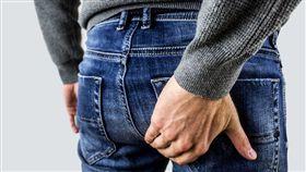男子臀部「爆漿」尷尬10年,不敢游泳、交女友。(圖/翻攝自pixabay)。16:9