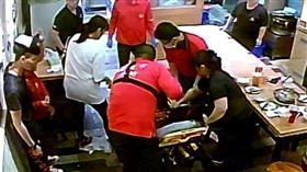 沙鍋魚頭,CPR,哈姆立克急救法 (圖/翻攝自臉書)