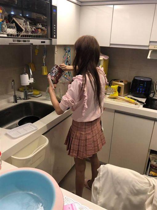 T妹,副食品,吊牌/翻攝自T妹臉書
