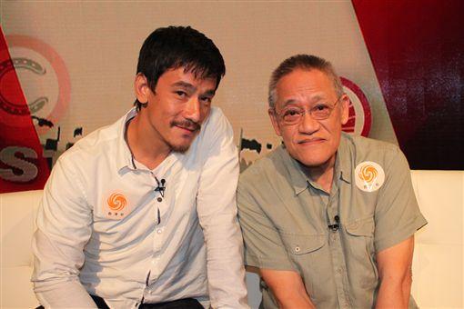 香港資深笑匠吳耀漢的兒子吳嘉龍。微博