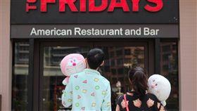 百貨公司、餐飲品牌清明連假優惠。