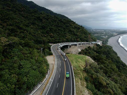 清明節連續假期,台東南迴公路台9線、台11線海岸公路及縱谷省道,將實施交管、疏導措施。