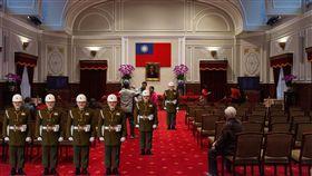 總統府建築百年攝影比賽專業組勝選的《憲制》作品。(圖/總統府提供)