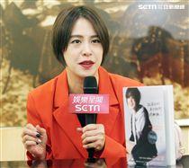 黃小柔接受三立新聞網專訪。(記者邱榮吉/攝影)