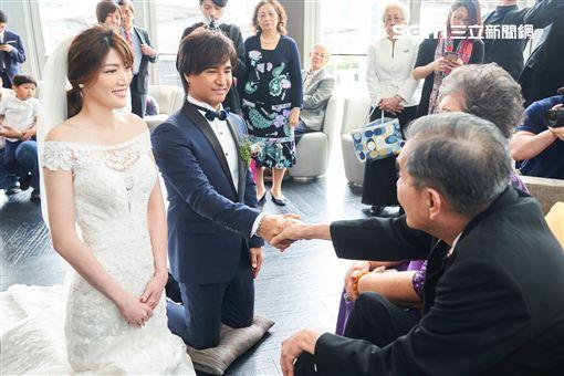 尤秋興婚禮。(圖/華研提供)