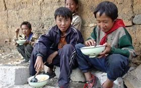 王浩宇,中國農村,貧窮,孩子 圖/翻攝自王浩宇臉書