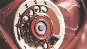 靈異電話 鬼電話 (圖/pixabay)