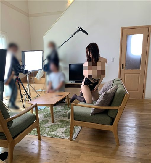 日本,AV女優,男優,A片,水嶋艾莉絲,雨宮凛