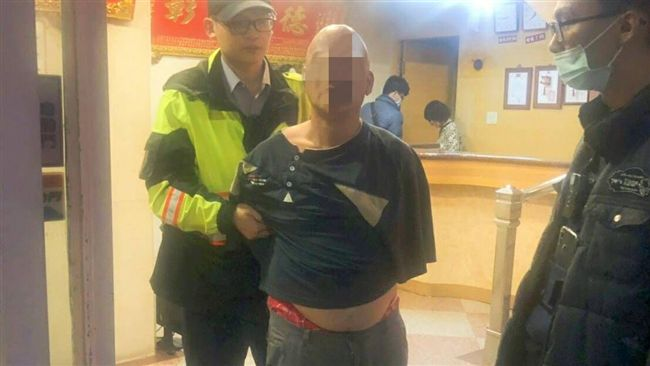艋舺公園「香腸伯」殺人判20年 剛出派出所3刀刺死街友