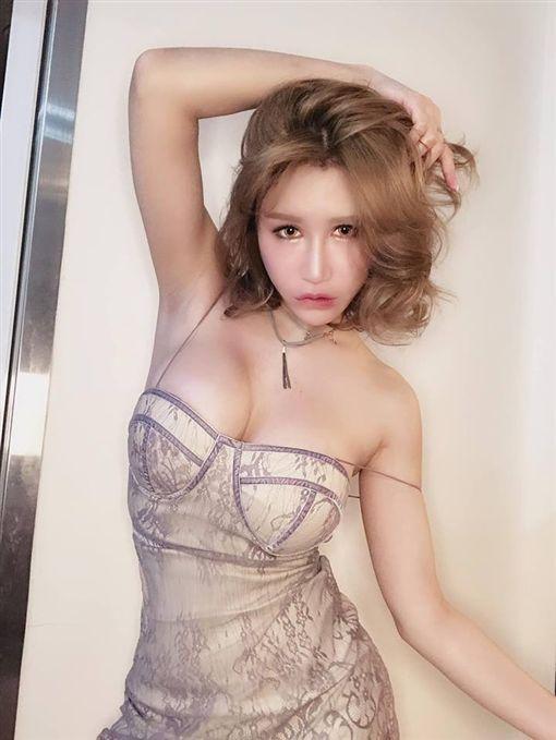 辛尤里(臉書)