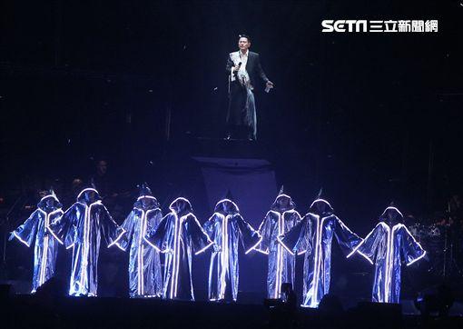 張信哲《未來式》演唱會。(圖/記者邱榮吉攝影)