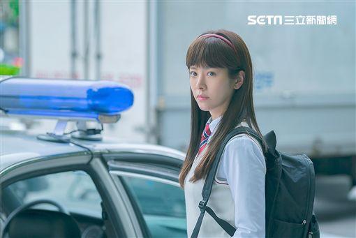 韓志旼學生扮相清純可人。(圖/東森提供)