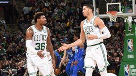 NBA/綠軍2大將傷退 教練這樣說 NBA,波士頓塞爾提克,Jayson Tatum,Marcus Smart,受傷 翻攝自推特