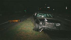 車禍 unsplash
