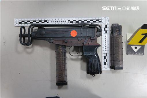通緝犯,逮捕,衝鋒槍,新北,翻攝畫面