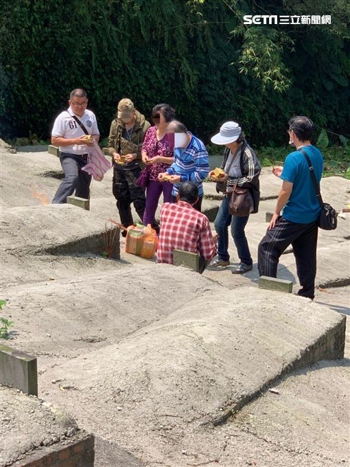 基隆市一分局戶口組幫無名屍找到家屬(翻攝畫面)