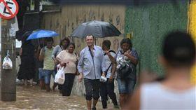 災情不斷!巴西「暴雨成災」土石流肆虐 至少造成5死(圖/翻攝自推特)