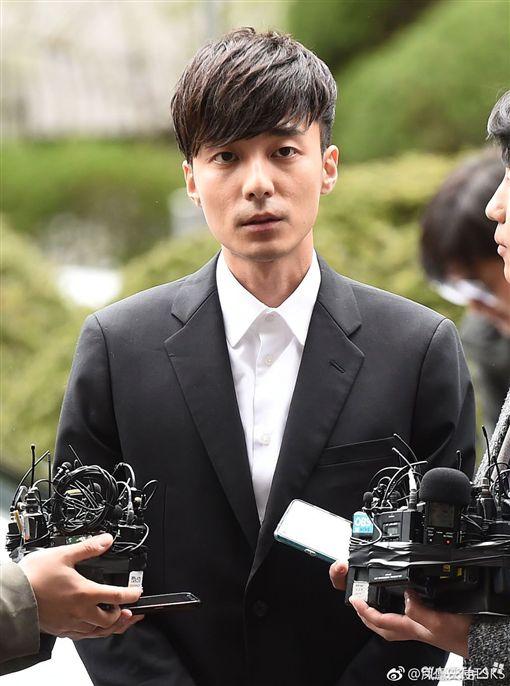 Roy Kim (圖/微博)