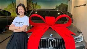 12歲網紅買bmw送自己當生日禮物(圖/翻攝自Natthanan臉書)