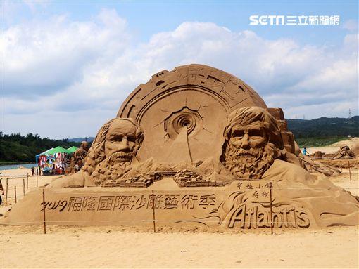 福隆國際沙雕藝術季,入口意象,智者對話,/觀光局提供