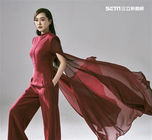 方雅賢出道15年首開個唱。(圖/寶吉祥集團提供)