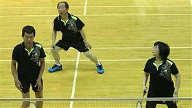 ▲羽球3對3是清晨盃獨有的對戰組別。(圖/中華全民羽球發展協會提供)