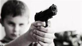 美國,爆頭,意外,槍,防身,弟弟,姊姊,好奇,玩,扣板機 圖/翻攝自Pixabay