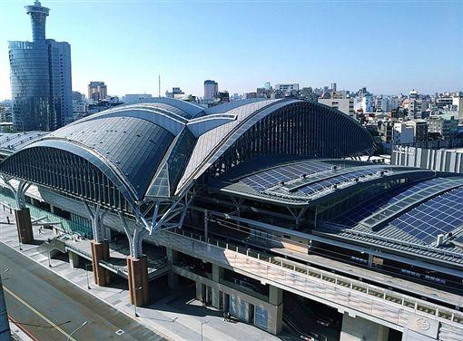 台北車站,台中火車站。(圖/取自維基百科)